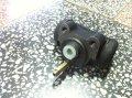Cylinderek hamulcowy  DV 1733 oryginał  FI 32